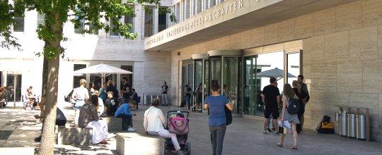 Ub Frankfurt öffnungszeiten